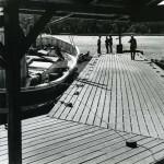 Vid Enångers fiskehamn, Räveln, juli 1975.