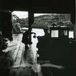 Inne i fiskeboden, Våtnäs, Enånger, 14 augusti 1957.