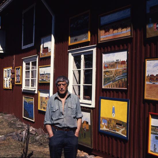 """M 24 184: Einar Svedin """"återvändardagarna"""" uteutställning, maj -85. Foto: Hilding Mickelsson"""