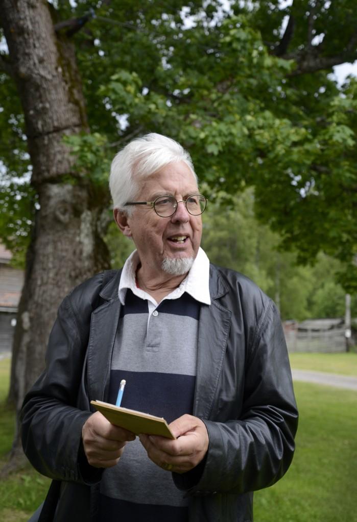 Jan-Eric Berger, från Gästrike-Hälsinge hembygdsförbund deltog i den traditionella tipspromenaden med bland annat frågor om Hilding. Foto Anna Hildingson Edling